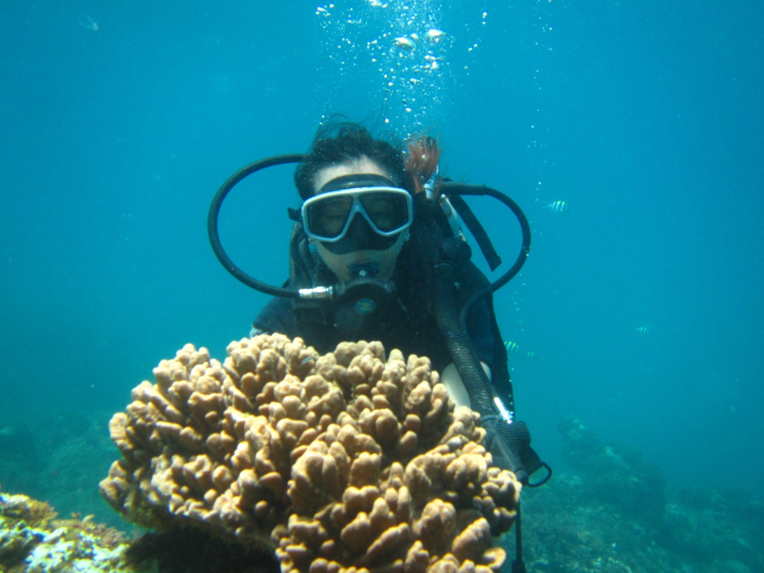 scuba diving at pandawa marine adventure bali